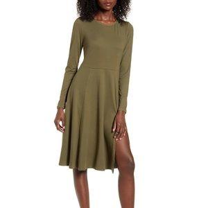 Socialite Side Slit Long Sleeve Dress Size Medium